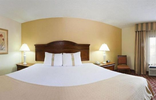 Standardzimmer Ramada Columbus Highway 45