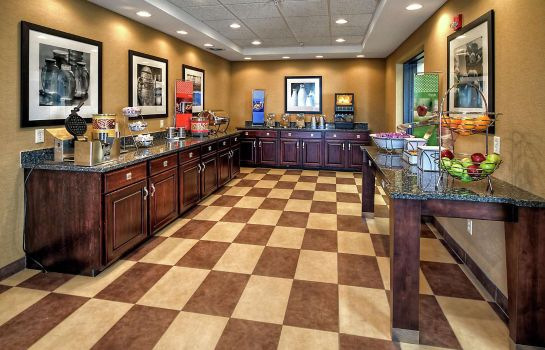 Restaurant Hampton Inn Laporte
