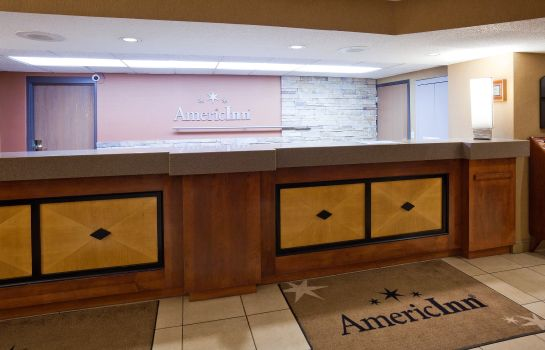 Hall AMERICINN BY WYNDHAM BLOOMINGT