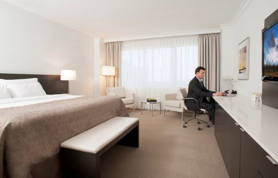 Zimmer InterContinental Hotels CLEVELAND
