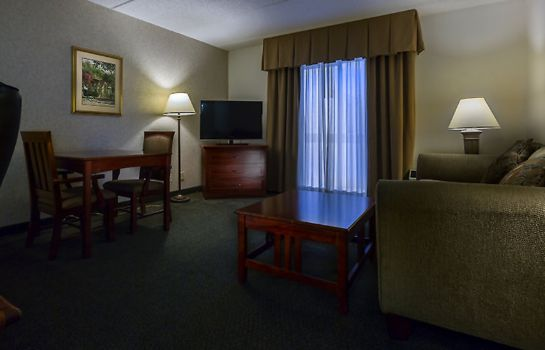 Suite Baymont by Wyndham Norcross Atlanta