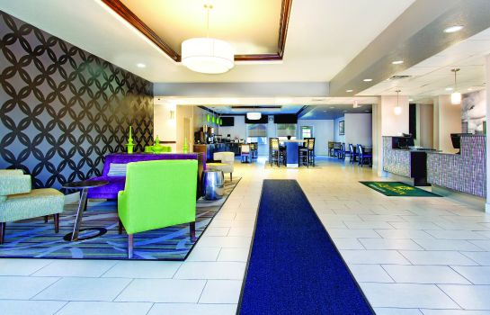 Hotelhalle La Quinta Inn and Suites Tampa Bay Area-Tampa South