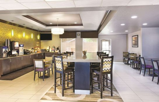 Restaurant La Quinta Inn and Suites Tampa Bay Area-Tampa South