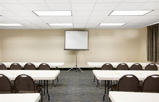 Conference room Days Inn and Suites Houston North/Aldine