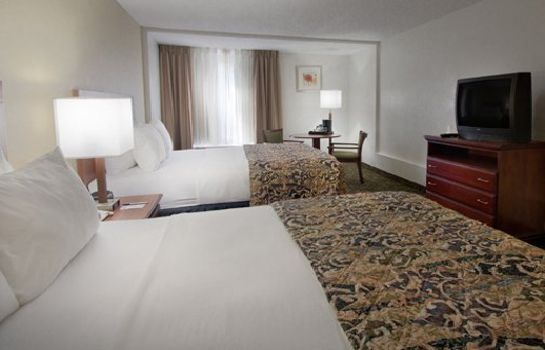 Zimmer Quality Inn & Suites Winter Park Village Area