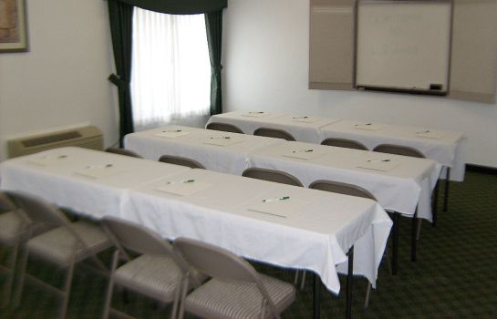 Conference room La Quinta Inn Lynnwood