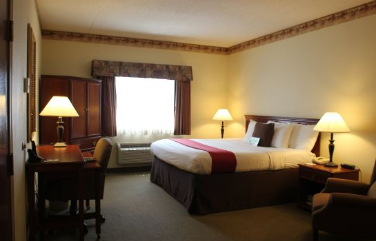 Pokój La Quinta Inn and Suites Louisville Airport and Expo