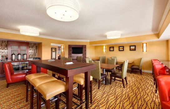Hotel-Bar Cedar Rapids Marriott
