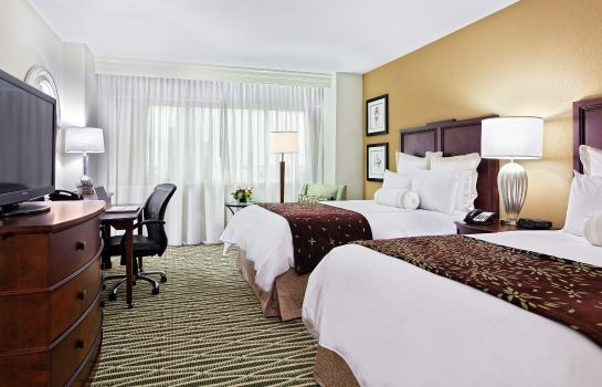 Zimmer Louisville Marriott Downtown