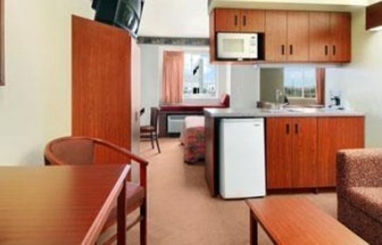 Zimmer DAYS INN & SUITES NORTH DALLAS