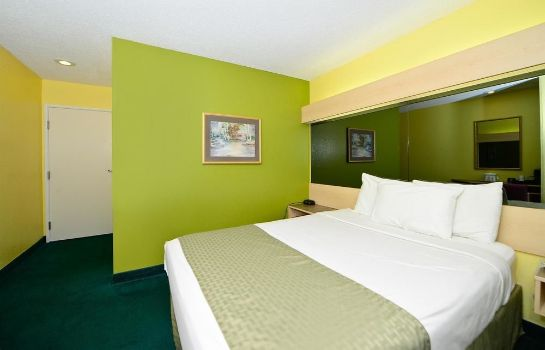 Standard room Americas Best Value Inn & Suites Jackson