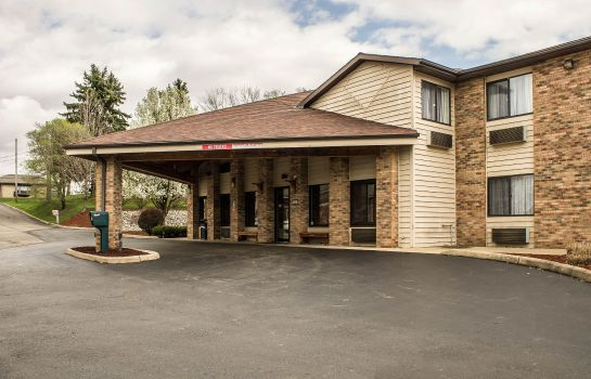 Exterior view Quality Inn East Liverpool