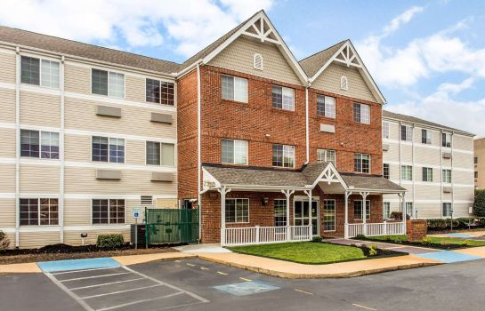 Vista esterna MainStay Suites Greenville Airport