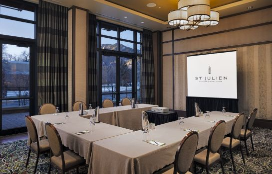 Conference room St Julien Hotel and Spa LVX