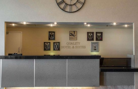 Hall Quality Hotel & Suites