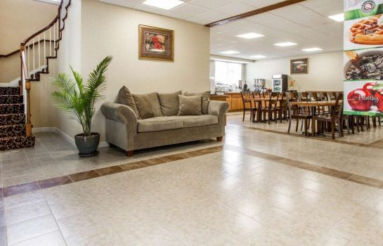 Hotelhalle Quality Inn and Suites South Portland