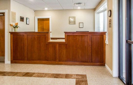 Hotelhalle Quality Inn & Suites South Portland