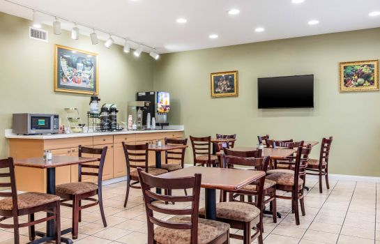 Restauracja Quality Inn and Suites Jackson Intl Airp