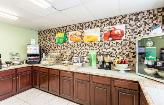 Restaurant Quality Inn near SeaWorld - Lackland