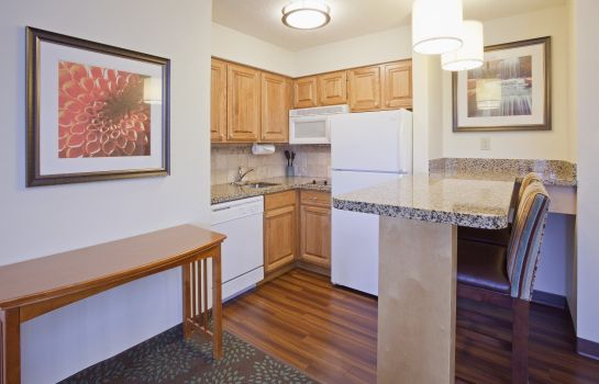 Zimmer Staybridge Suites MPLS-MAPLE GROVE/ARBOR LAKES