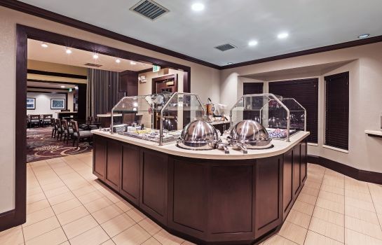 Restaurant Staybridge Suites TULSA-WOODLAND HILLS
