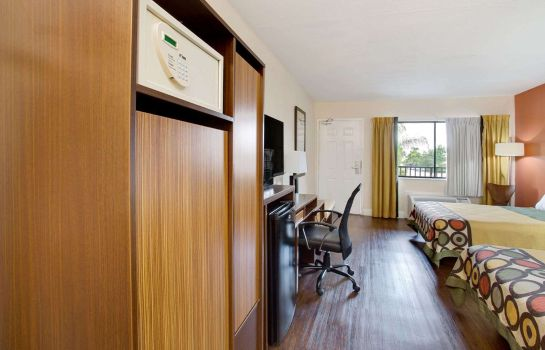 Kamers SUPER 8 BY WYNDHAM ORLANDO INT