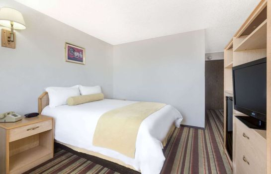 Chambre Super 8 by Wyndham Lake Havasu City