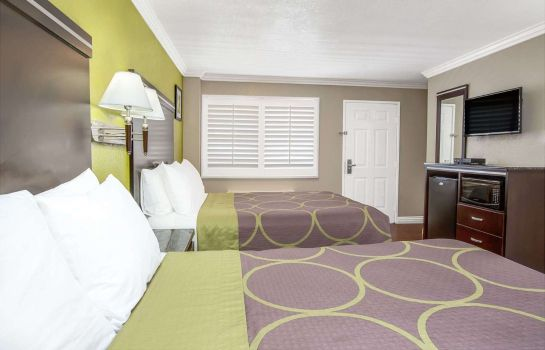 Room SUPER 8 INGLEWOOD-LAX ARPT