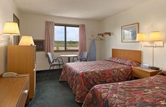 Kamers Super 8 by Wyndham Cos/Hwy. 24 E/PAFB Area