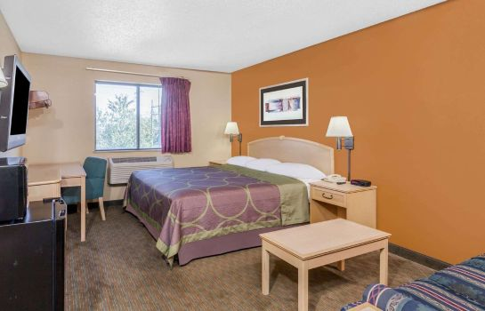 Zimmer Super 8 by Wyndham Charlotte/Amusement Park Area