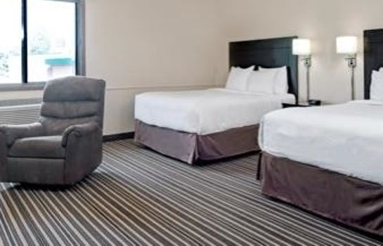 Suite Super 8 by Wyndham Omaha I-80 West