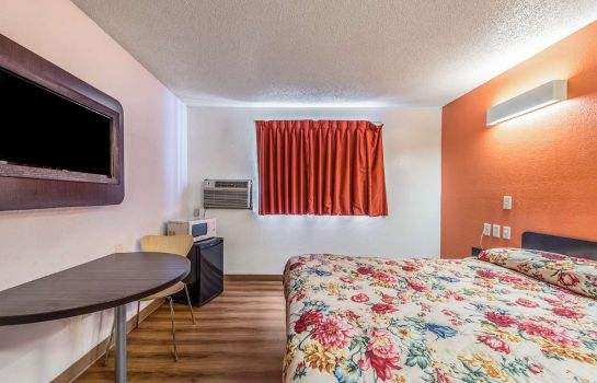 Room MOTEL 6 FINDLAY
