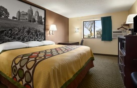 Room Super 8 by Wyndham Cedar Rapids
