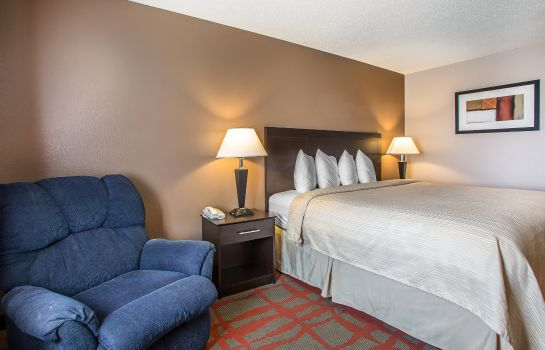 Zimmer Quality Inn and Suites West Bend