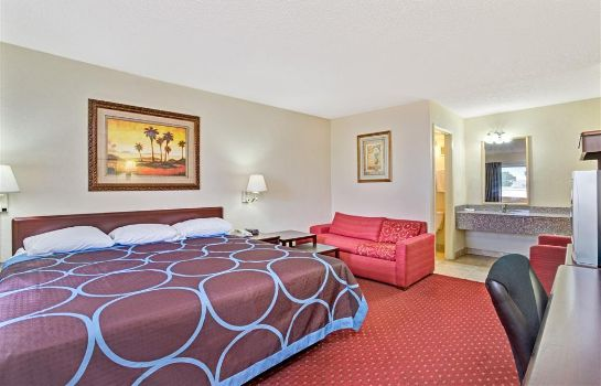 Suite SUPER 8 JACKSONVILLE ORANGE PA