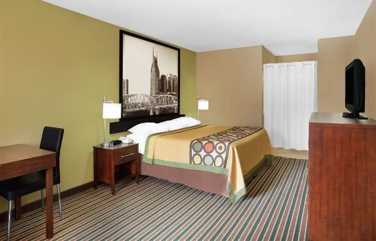 Zimmer Super 8 by Wyndham Nashville West
