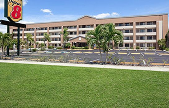 Exterior view SUPER 8 FORT MYERS