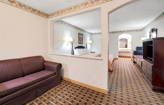 Suite SUPER 8 DALLAS SOUTH