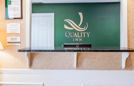 Vestíbulo del hotel Quality Inn Decatur River City