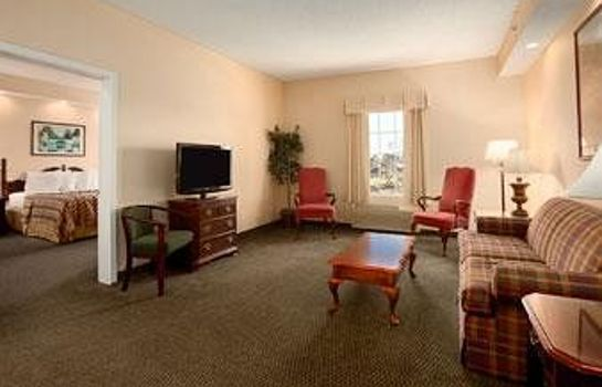 Standard room Howard Johnson Inn Jackson
