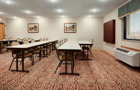 Conference room BAYMONT LOUISVILLE AIRPORT S