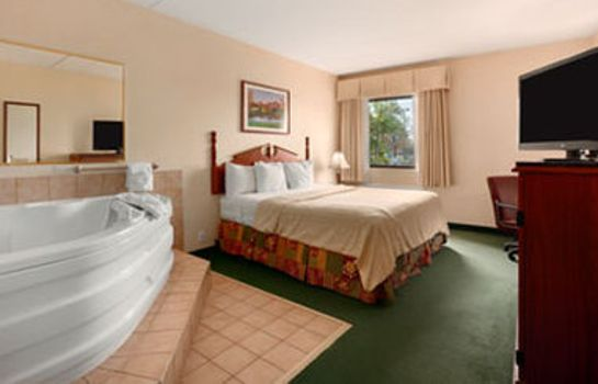 Room BAYMONT LOUISVILLE AIRPORT S