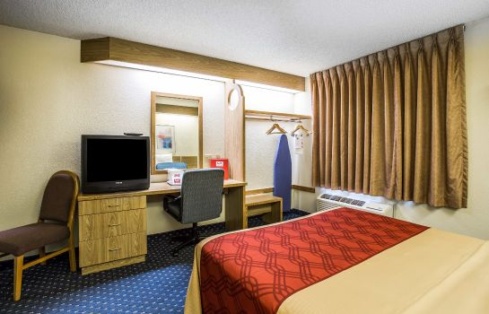 Zimmer Econo Lodge Denver International Airport