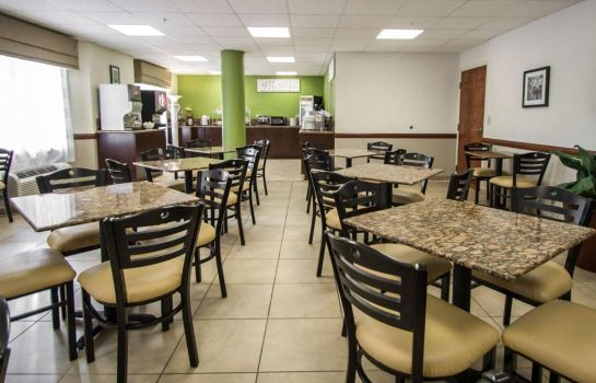 Restaurant Sleep Inn & Suites Ft. Lauderdale International Airport