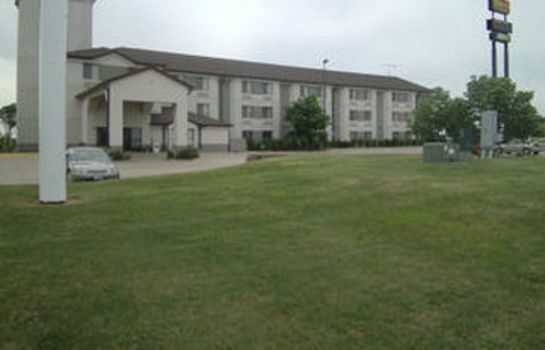 Vista exterior PLEASANT STAY INN A