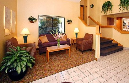 Hol hotelowy Econo Lodge Inn & Suites Raleigh North