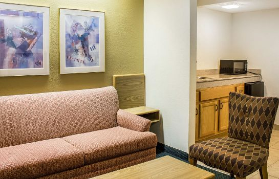 Info Quality Inn & Suites Raleigh North