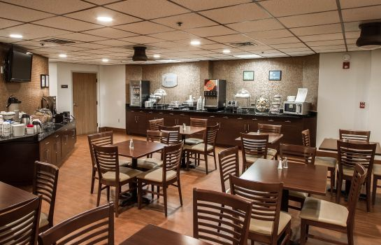 Restaurant Sleep Inn and Suites Buffalo Airport
