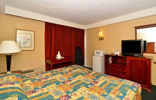 Informacja Travel Inn Petersburg Fort Lee