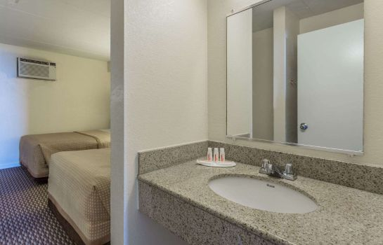 Zimmer TRAVELODGE SUITES VIRGINIA BEA